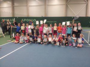 4 tennisekooli mudilast Tallinnas võistlustel!