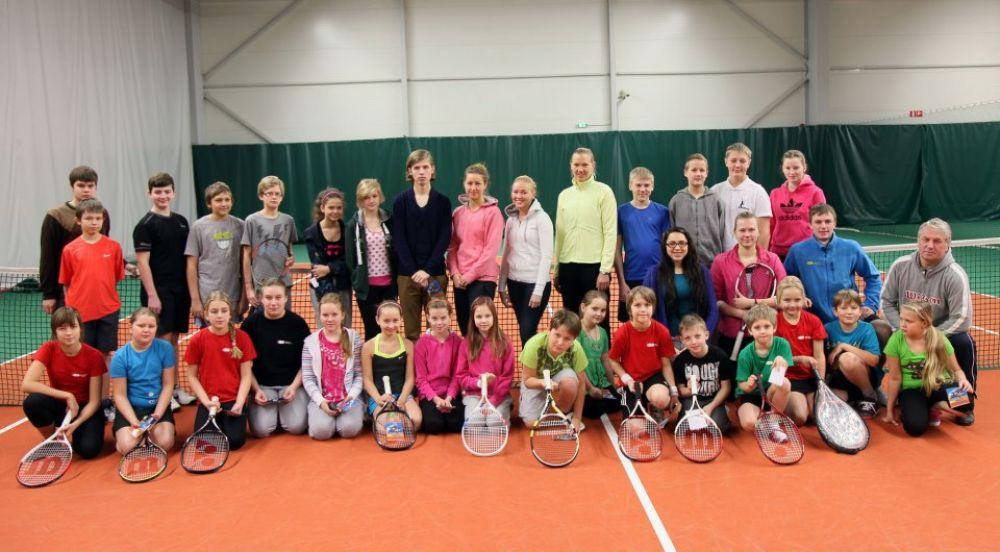 Haapsalu Tennisekooli õpilaste kohtumine Kaia Kanepiga