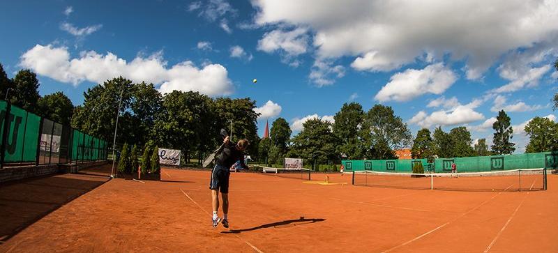 https://www.haapsalutennis.ee/kool/wp-content/uploads/2015/03/taevas_tennis.png